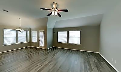 Living Room, 1229 Boxwood Dr, 1