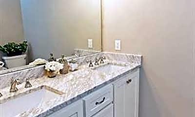 Bathroom, 1307 Glen Cove Dr, 2