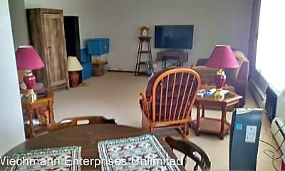 Living Room, 516 Wilson Ave, 1