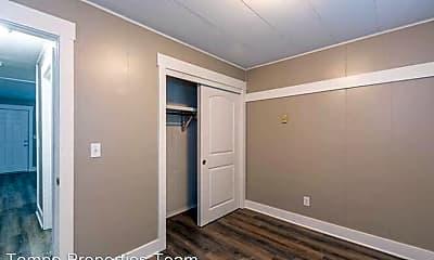 Bedroom, 801 E Hunter Ave, 2