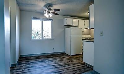 Living Room, 7226 SW Garden Home Rd, 1