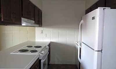 Kitchen, 517 Wicks Ln, 1