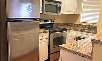 Kitchen, 404 SE 16th St 3, 1
