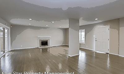 Living Room, 2246 Kent St, 0