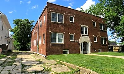 Building, 5914 E Washington St, 2