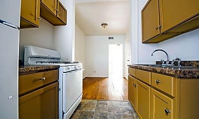 Kitchen, 8208 S Drexel, 2
