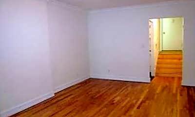 Bedroom, 191 E 76th St, 1