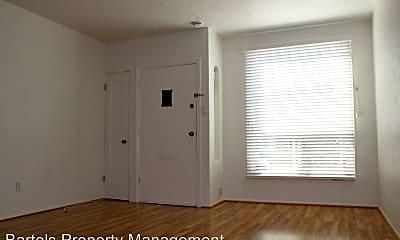Bedroom, 504 Civic Center St, 1