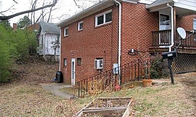 Building, 901 Park St, 1