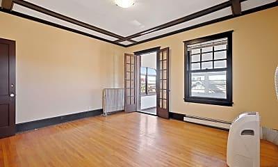 Living Room, 2641 Girard Ave S 5, 1