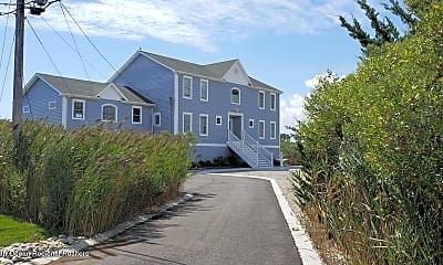 Building, 1095 Island Dr, 0