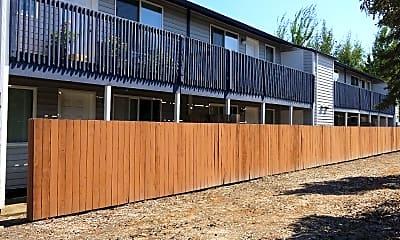 Latitude 44 Apartments, 2