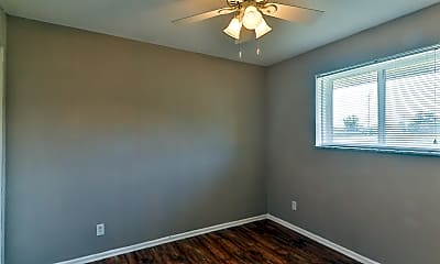 Bedroom, 491 S Holmes Ave, 2