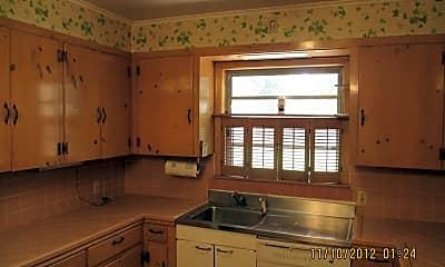 Kitchen, 423 Pennsylvania Ave, 1