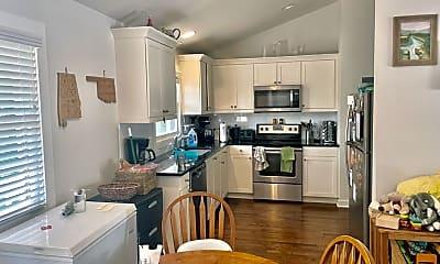 Kitchen, 804 Steven St, 0
