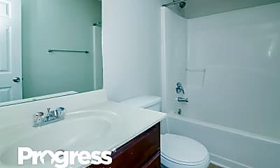 Bathroom, 52 Margaret Crossing, 2