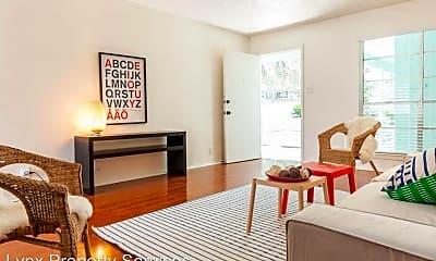 Living Room, 519 Lightsey Rd, 0