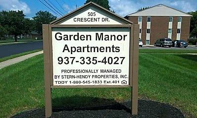 Garden Manor, 1