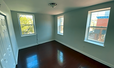 Living Room, 1600 S 12th St, 2