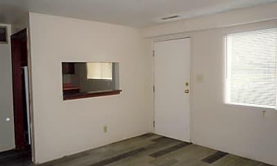 Building, 1100 Arrowhead Dr, 1