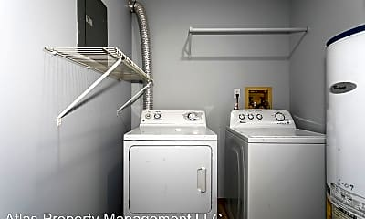 Bathroom, 7101 N Chas Dr, 1
