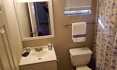 Bathroom, 982 Smith St, 2