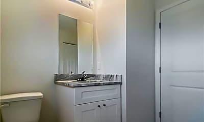 Bathroom, 725 Harold Ave S, 2