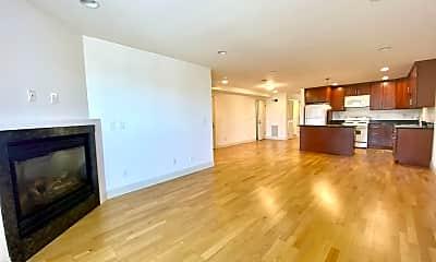 Living Room, 4441 Mission St, 1