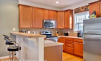 Kitchen, 158 Brookwood Dr, 1