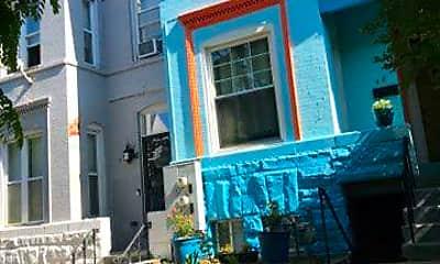 Building, 48 Q St NE B, 2