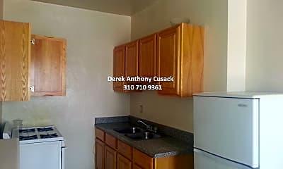 Kitchen, 418 Normandie Ave, 2