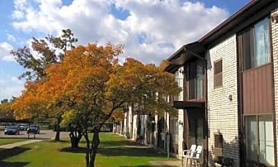 Chatsford Manor Apartments, 1