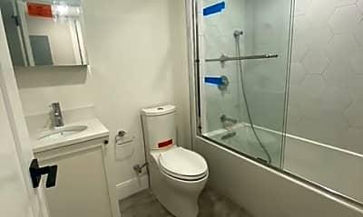 Bathroom, 12 Lopez St, 2