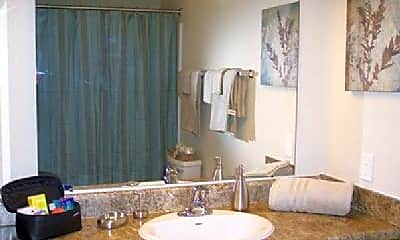 Bedroom, 302 E John St, 1