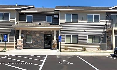 Cedar Pointe Estates, 2