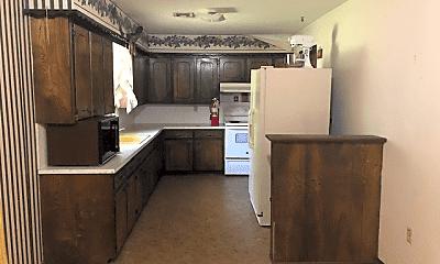 Kitchen, 6430 NW Arrowhead Dr, 1