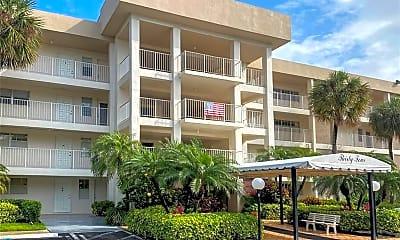 Building, 3051 S Palm Aire Dr 401, 1