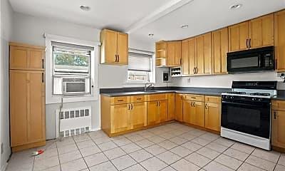 Kitchen, 183 Drake Ave 1J, 1