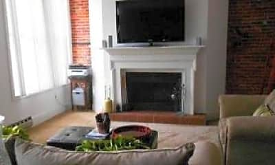 Living Room, 107 Arch St, 0