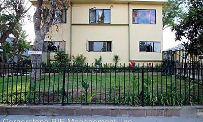 Building, 831 N El Molino Ave, 0