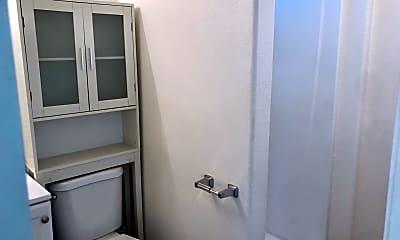 Bathroom, 1624 N Coast Hwy, 2