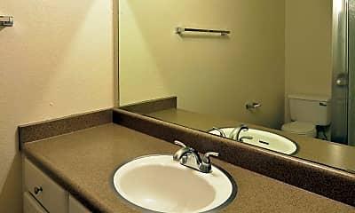 Bathroom, Walnut Woods, 2