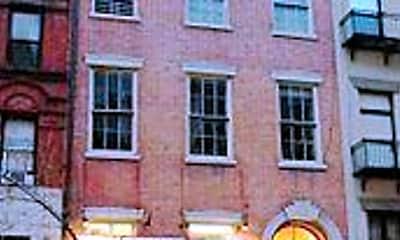 Building, 8 St Marks Pl, 2