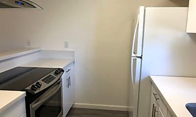 Kitchen, 6615 Schmidt Ln, 2