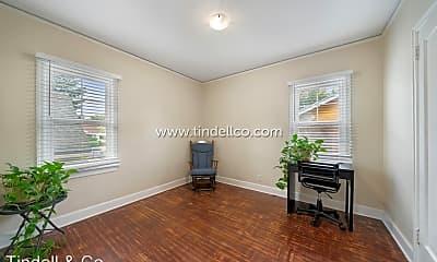 6957 N Villard Ave, 0