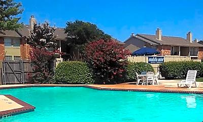 Pool, Tesoro at 12, 2