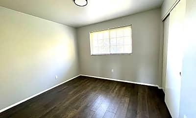 Bedroom, 1502 Leeshores Ln, 2
