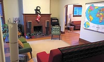 Living Room, 937 E Gorham St, 1