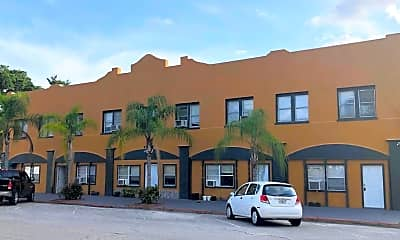 Building, 475 Umatilla Blvd, 0