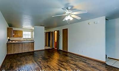 Living Room, 1719 Pleasant Woods Dr, 0